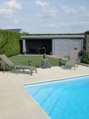 poolhouse plat dak