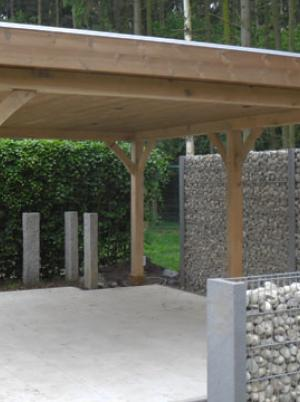 Carport in hout met plat dak